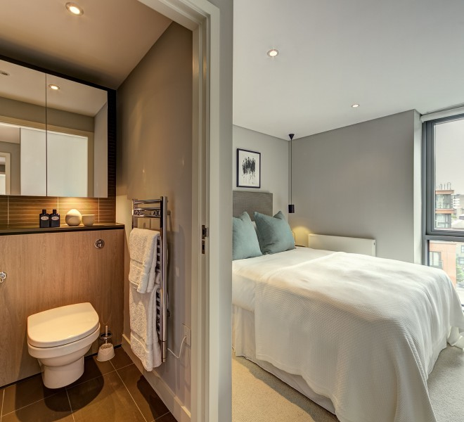 En-suite bedroom