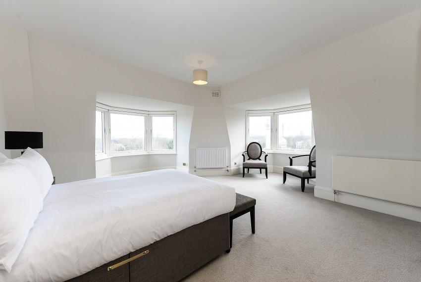 Penthouse B, bedroom 2
