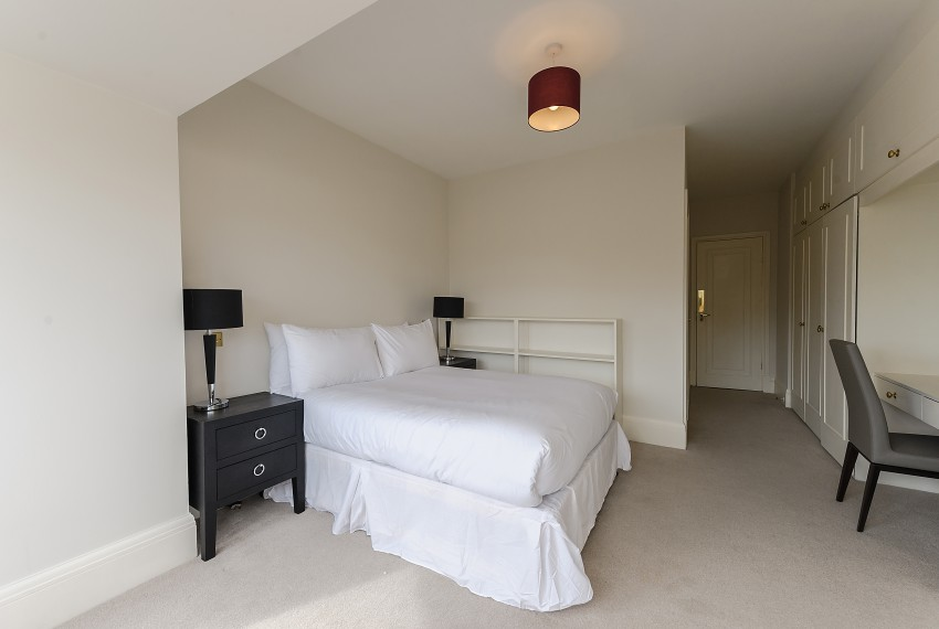 Penthouse B, bedroom 3