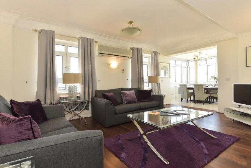 livingroom, Barrie House, W2